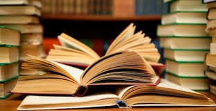 Top 15 Books Every Blogger Should Read